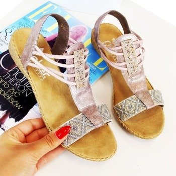 8c9acd90382af4 Modne buty online - sklep internetowy z butami | butyraj.pl