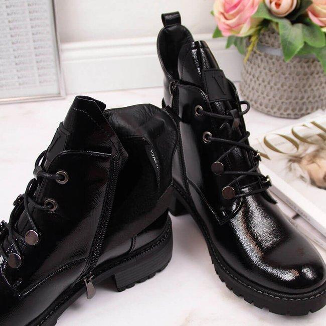 Botki damskie ocieplane lakierowane czarne Vinceza