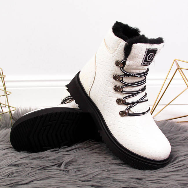 Botki dziewczęce lakierowane kroko białe Miss❤E