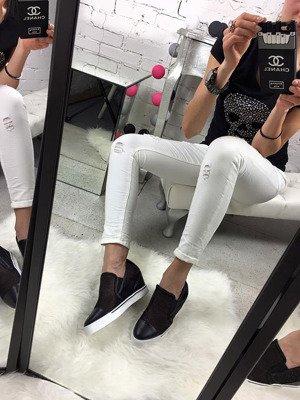 Czarne sneakersy siateczkowe na koturnie Lu Boo