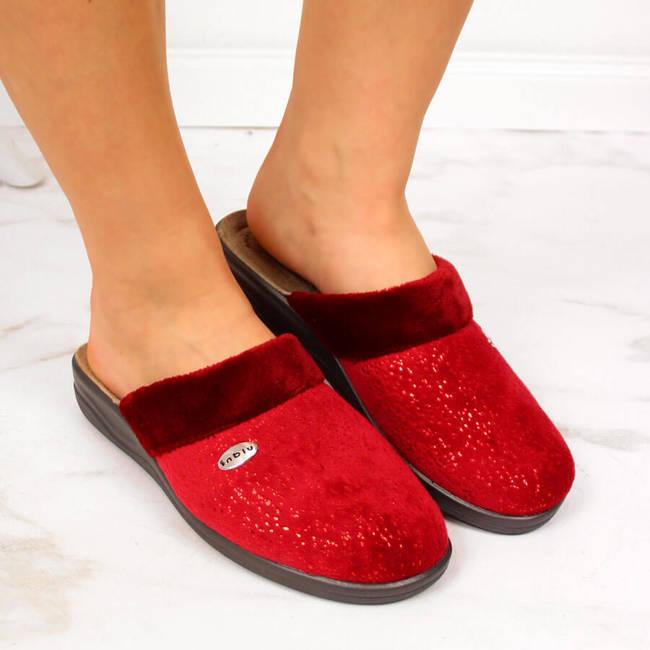 Kapcie damskie domowe na koturnie czerwone Inblu