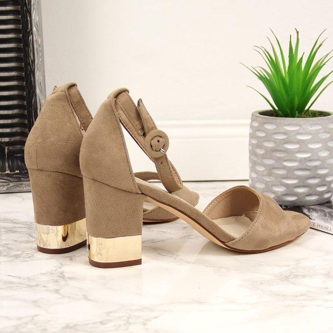 Sandały damskie na ozdobnym słupku beżowe Filippo