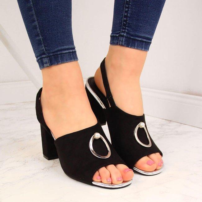 Sandały damskie na słupku z ozdobą czarne Vinceza