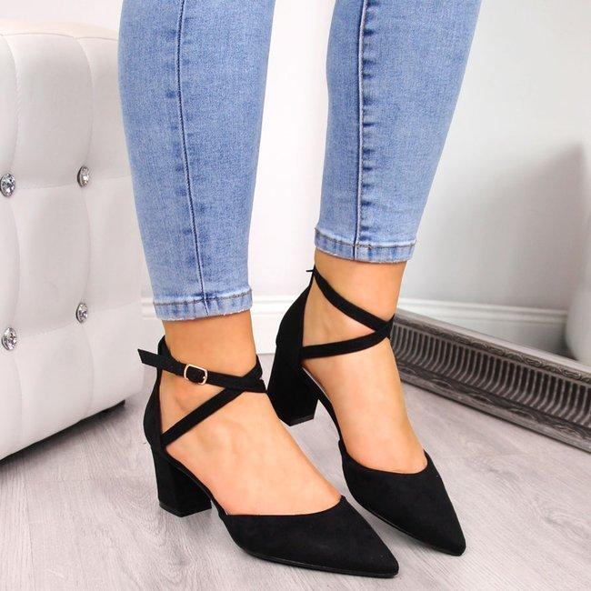 Sandały damskie na słupku zamszowe czarne eVento