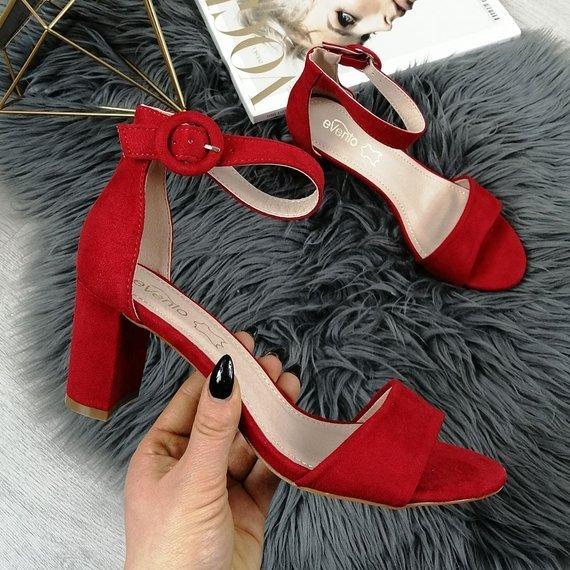 Sandały damskie na słupku zamszowe czerwone eVento