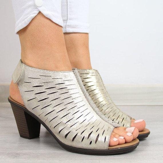 Sandały damskie skórzane ażurowe złote Rieker 64197-62