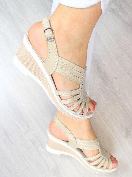 Sandały damskie skórzane na koturnie beżowe Vinceza