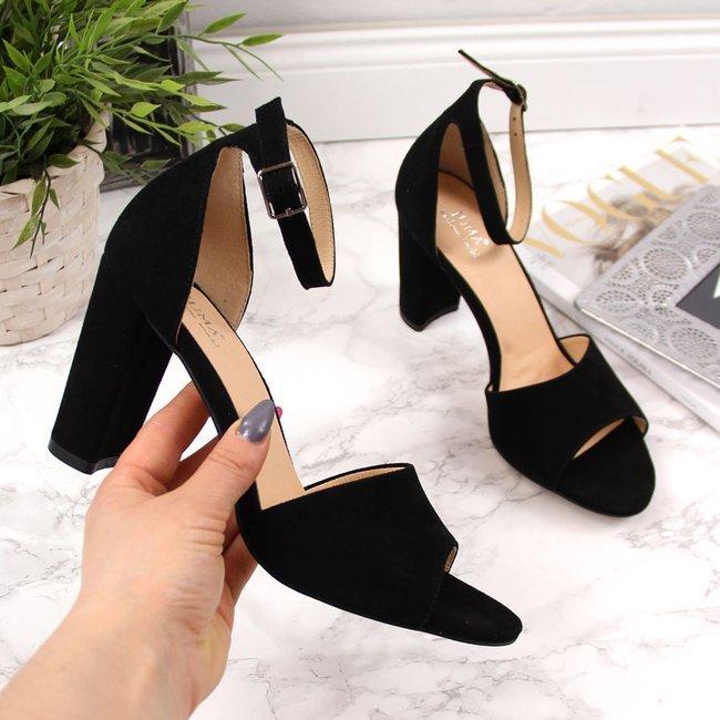 Sandały damskie skórzane na słupku czarne Juma 2663