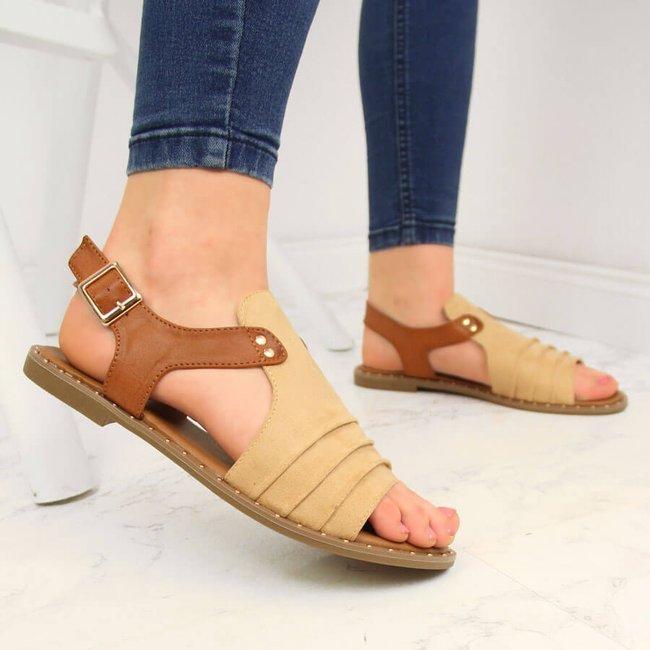 Sandały damskie z nitami beżowe Vinceza