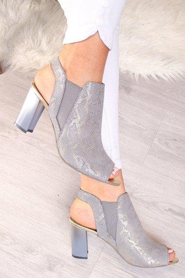 Sandały skórzane zabudowane wężowe Dolce Pietro